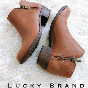 Lucky Brand Burklee Leather Side Zip Ankle bootie